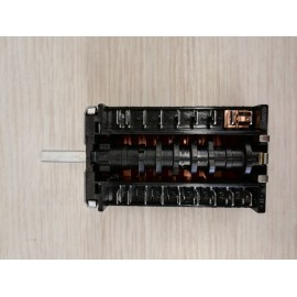 commutateur 9 pôles four électrique Corradi 60-90